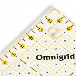 Règle de patchwork Omnigrid demi carré