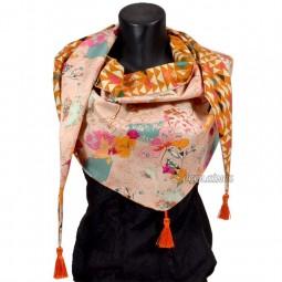 Kit de couture : Chèche Art Gallery triangles ocre fleuris