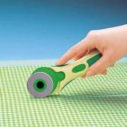 Cutters rotatifs et ciseaux